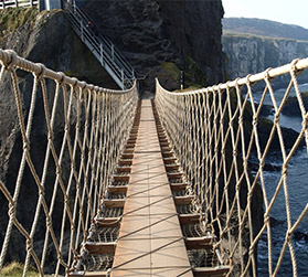 the-carrick-a-rede-rope-bridge